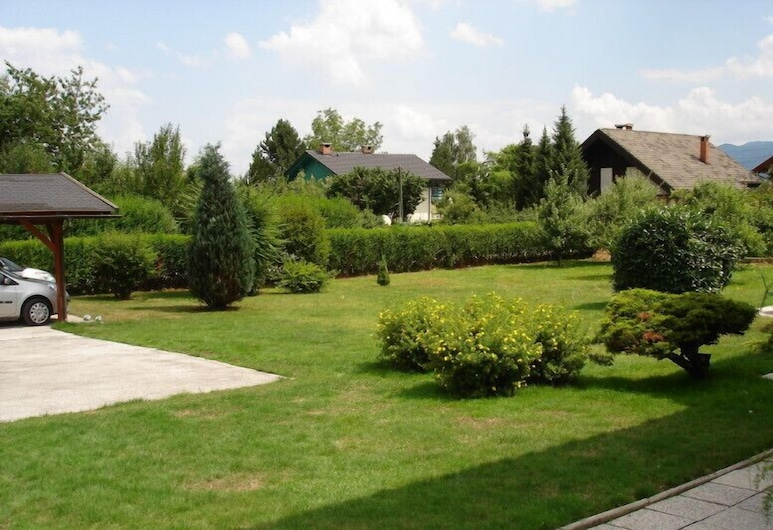 Apartmaji Vidic- Guest House, Bled, Property Grounds