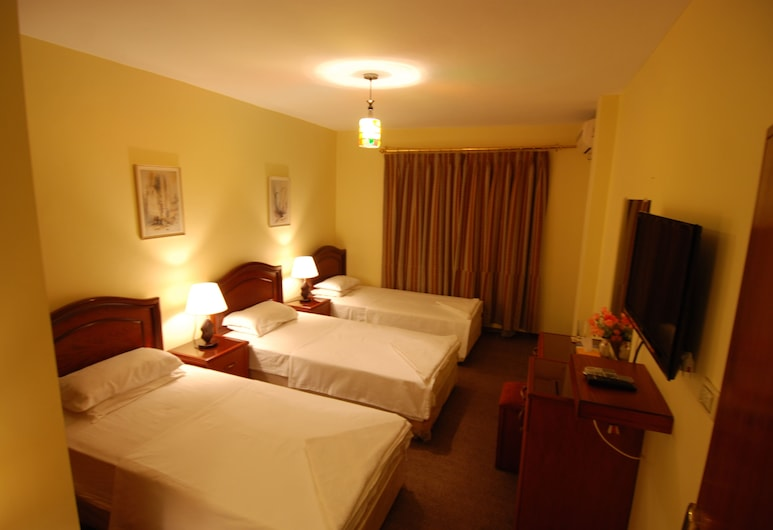 Al Rashid Hotel, Wadi Musa, Standard Triple Room, 3 Twin Beds, Guest Room