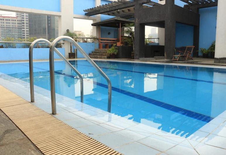 Prince Plaza II Hotel, Makati, Açık Yüzme Havuzu