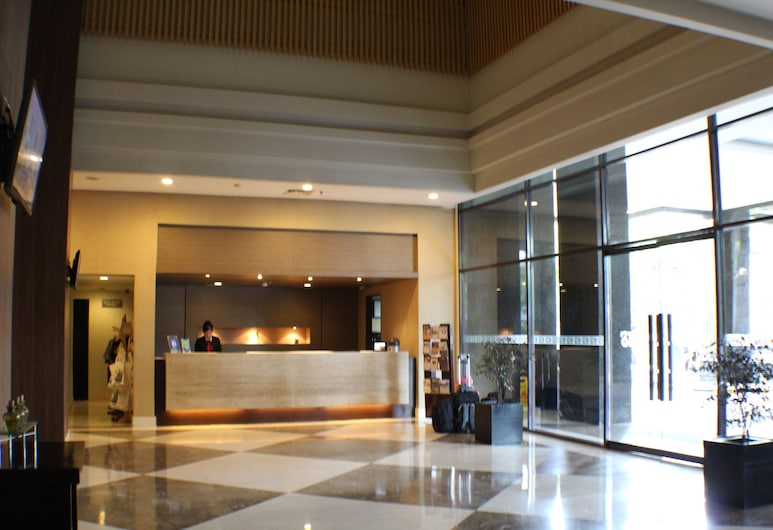 Hotel Santika Pandegiling Surabaya, Surabaya, Pintu Masuk Interior