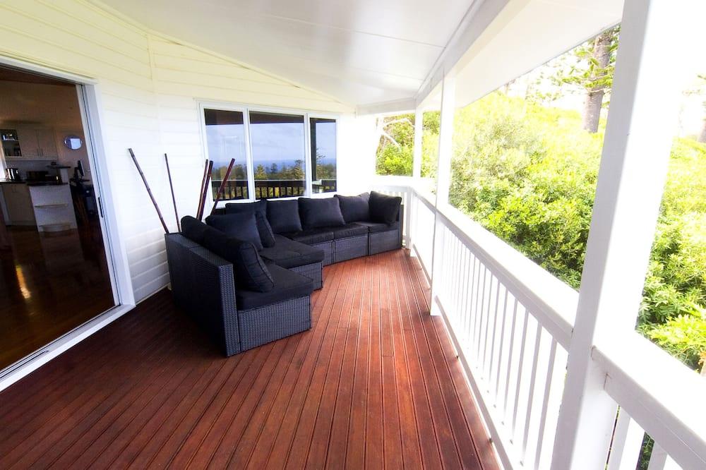Exclusive House, 5 Bedrooms, Hot Tub, Ocean View - Balcony