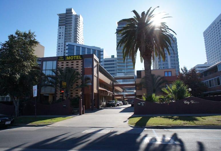 City Waters Perth, Perth, Exterior