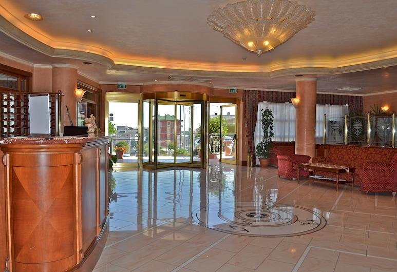 Hotel Valle Rossa, San Giovanni Rotondo, Entrén inifrån