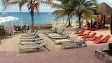 Choose This Cheap Hotel in Cozumel