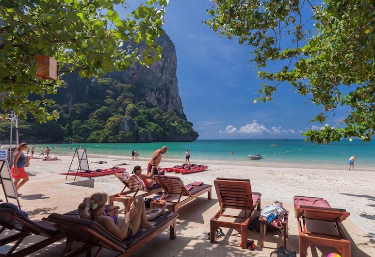 Sand Sea Resort, Krabi, Berkayak