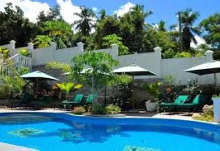 Hanneman Holiday Residence, Mahé, Piscina al aire libre