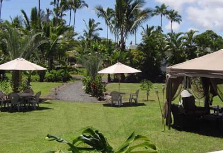 Aarons Cottage, Hilo, Property Grounds