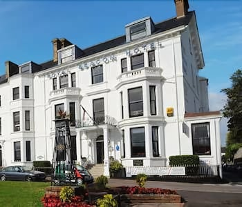 Picture of Royal Beacon Hotel in Exmouth