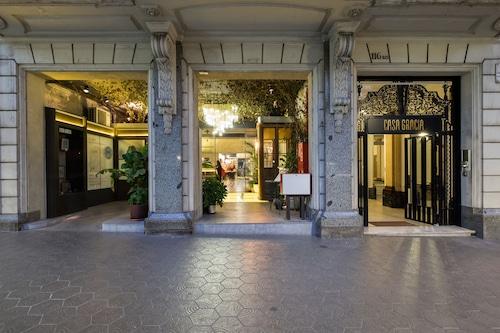 巴塞隆拿卡薩格拉西奧旅館/