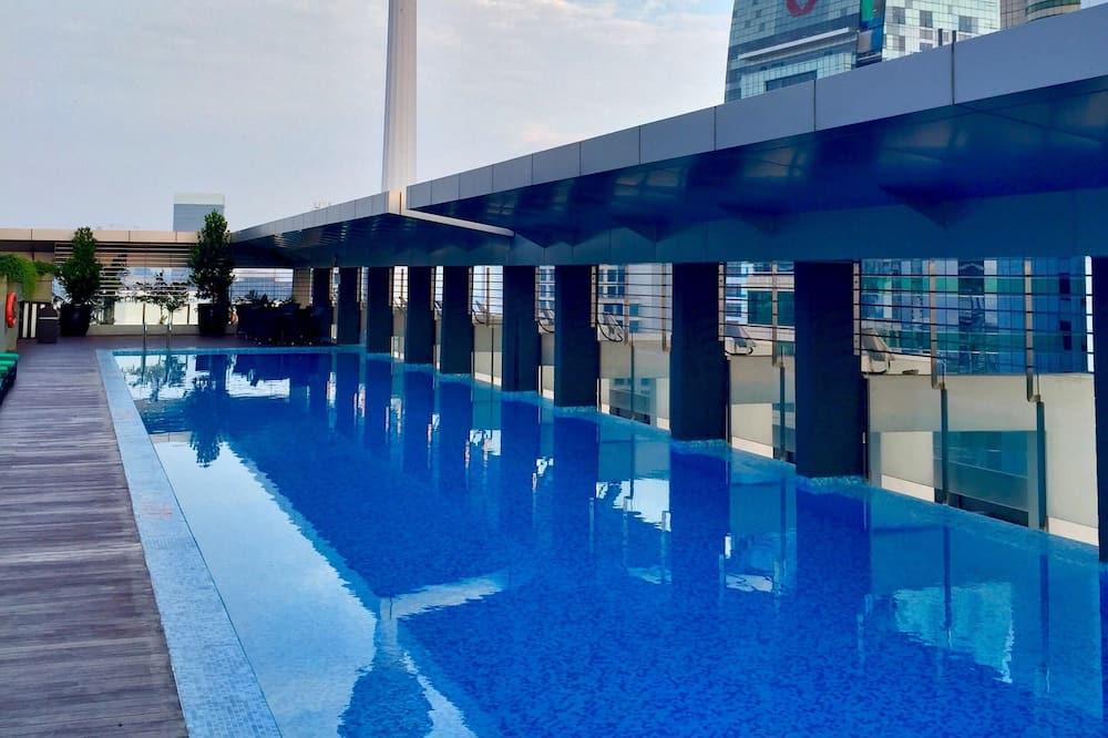 Endeløst basseng