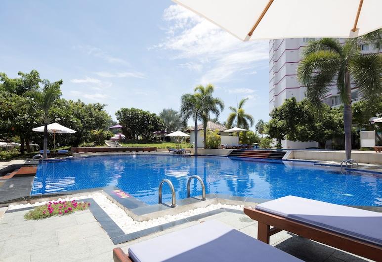 TTC Hotel - Phan Thiet, พานเทียต, สระว่ายน้ำกลางแจ้ง