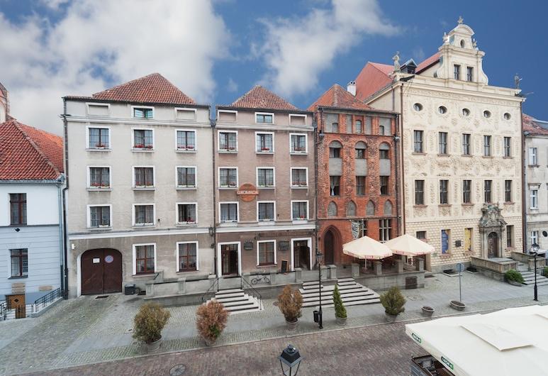 Hotel Gromada, Torun