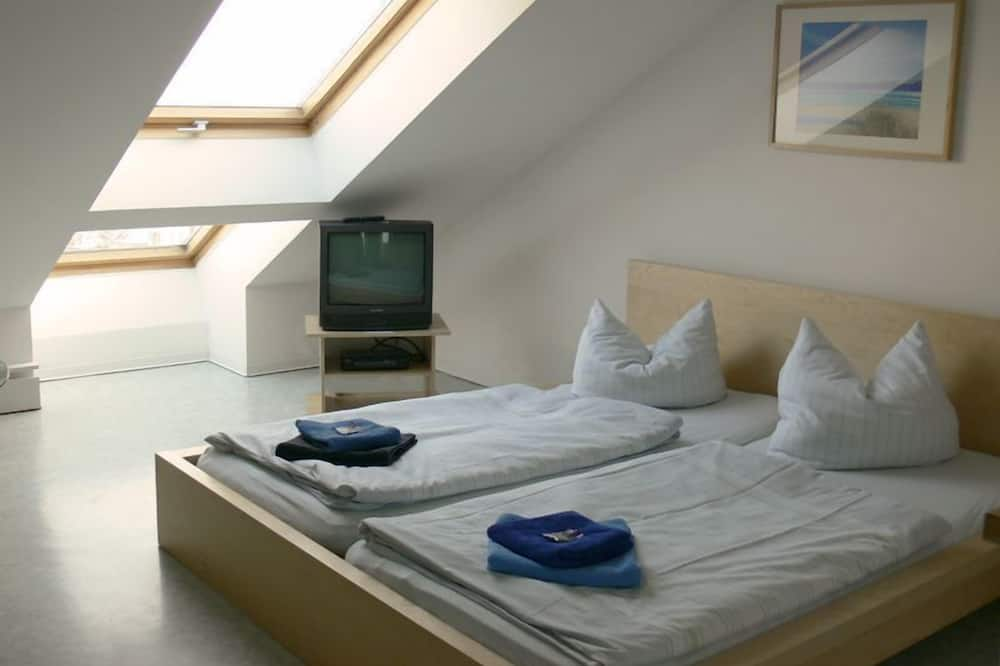 Standard Twin Room, Private Bathroom - Guest Room
