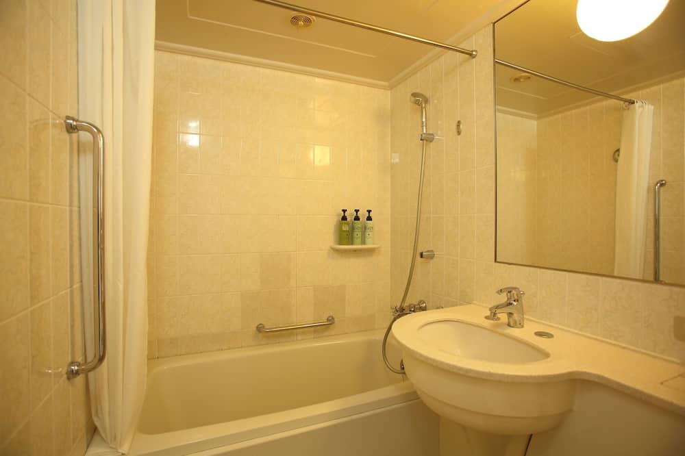 エコノミー ツインルーム - バスルーム
