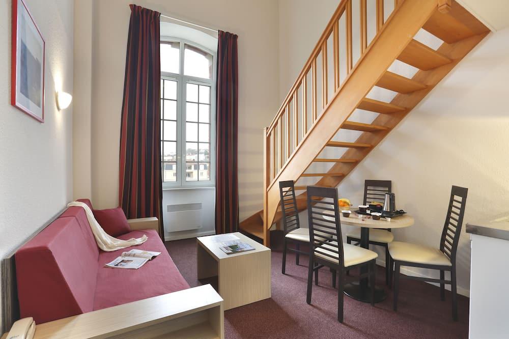 Dvoupodlažní apartmá (3 Pax) - Obývací prostor