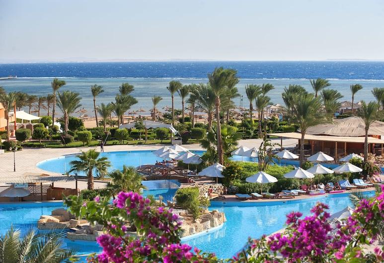 Amwaj Oyoun Resort & Casino, Sharm el Sheikh, Suihkulähde uima-altaassa
