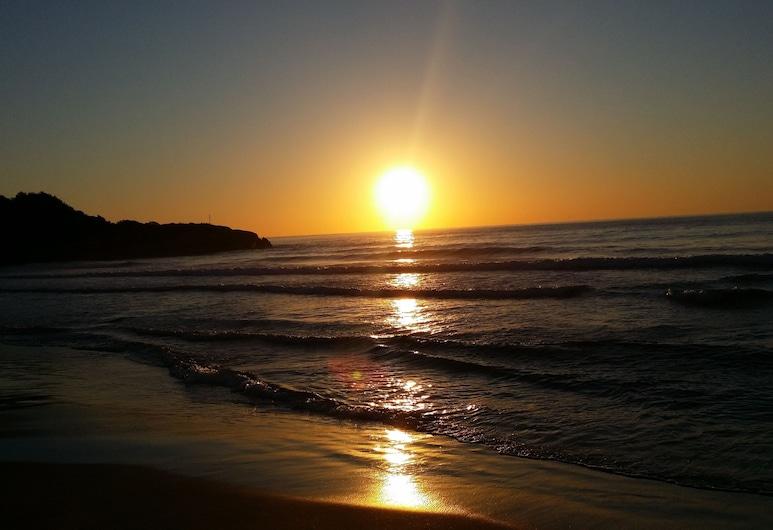 聖約蒂酒店, 塔拉戈納, 海灘