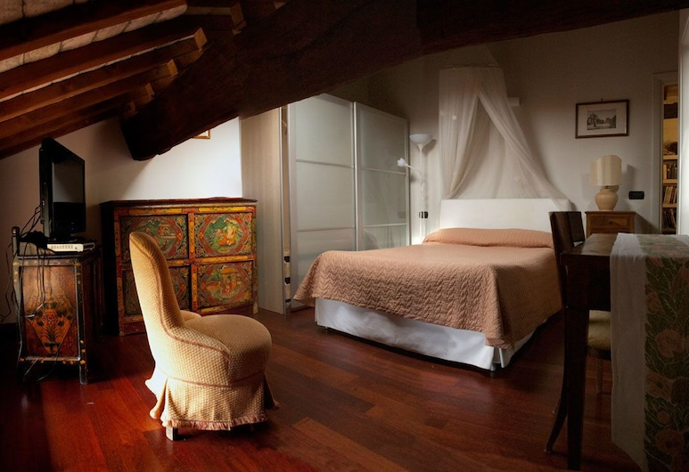 A Casa di Paola Suite- Bed and Breakfast, Ravenna, Superior Suite, Guest Room