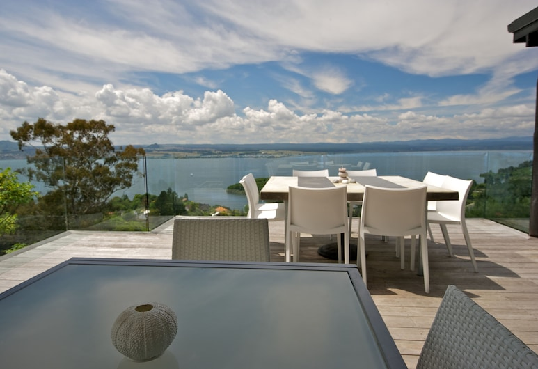 Acacia Cliffs Lodge, Taupo, Terrace/Patio