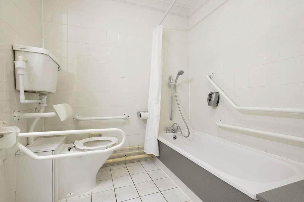 Habitación, 2 camas individuales, con acceso para silla de ruedas, para no fumadores - Baño