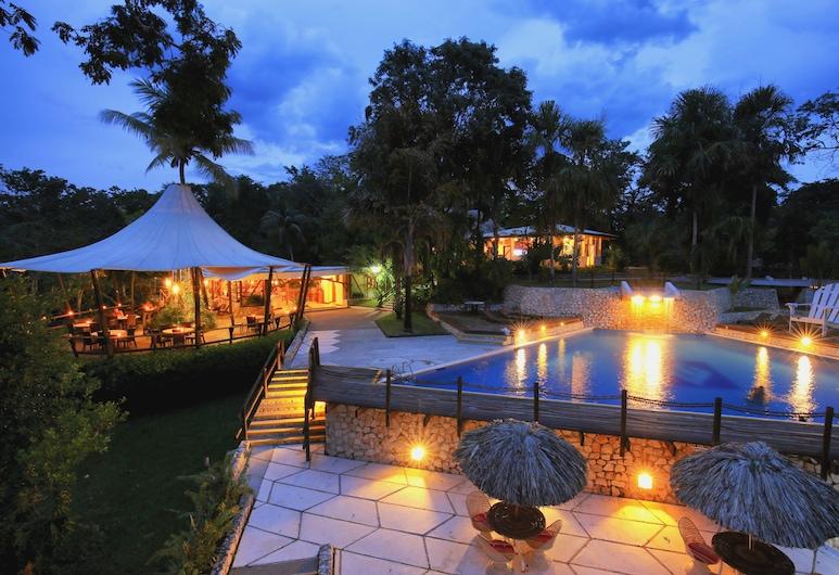 Hotel Villa Maya, Santa Elena, Alberca al aire libre