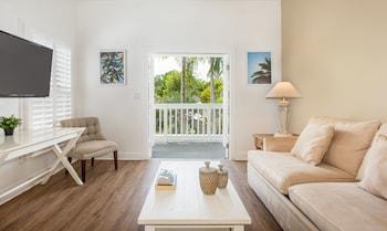 西嶼基韋斯特天堂旅館 - 只招待成人的圖片