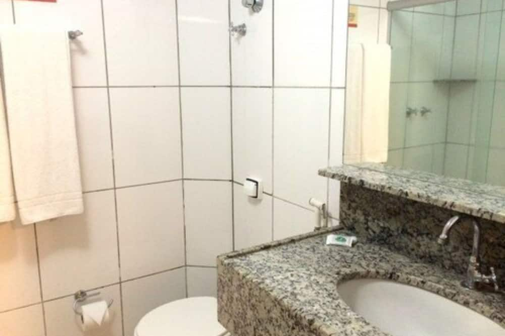 Superior Single Room - Bathroom