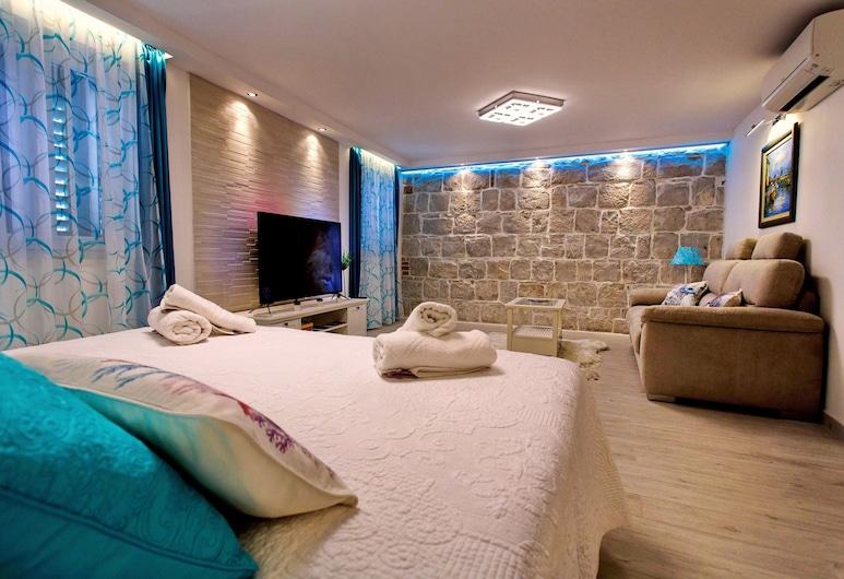 House Sandra, ספליט, חדר יוקרתי זוגי, מיטת קינג, חדר אורחים