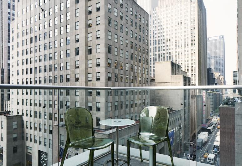 The Jewel, a Club Quarters Hotel, Opposite Rockefeller Center, Nova York, Quarto premier, 1 cama Queen, Terraço (Premier Room with Terrace), Quarto