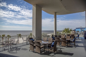 Picture of South Beach Biloxi Hotel & Suites in Biloxi