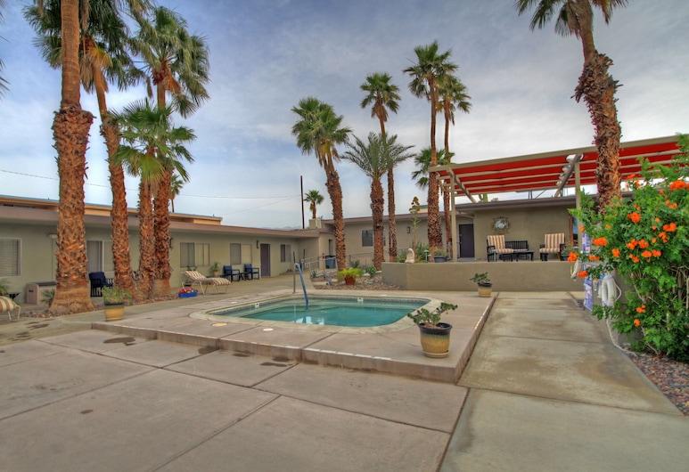 Lido Palms Resort & Spa, Desert Hot Springs, Pokój dla 4 osób standardowy, przystosowanie dla niepełnosprawnych, z łazienką (Deluxe Queen #7), Pokój