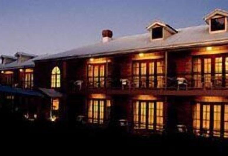 The Manor, Tamborine Mountain