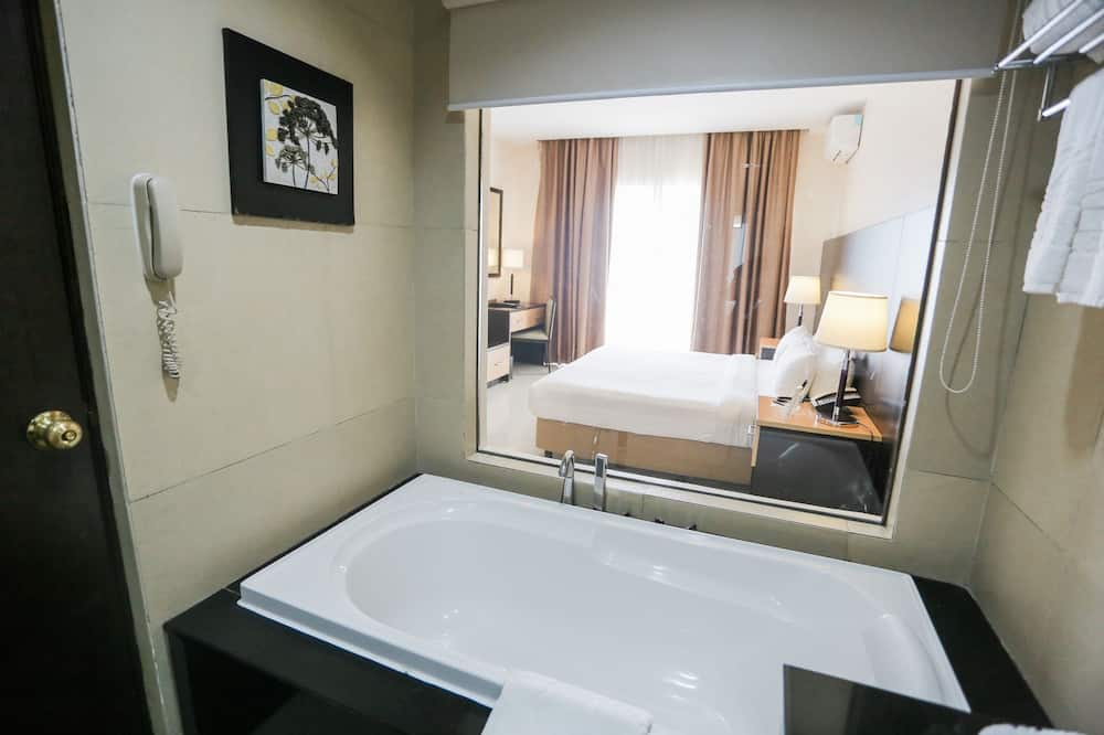 Izba typu Deluxe, výhľad na jazero (Third Floor) - Kúpeľňa