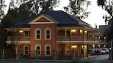 Picture of Carlyle Suites & Apartments in Wagga Wagga