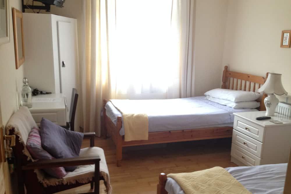 スタンダード ルーム シングルベッド 2 台 エンスイート - 客室