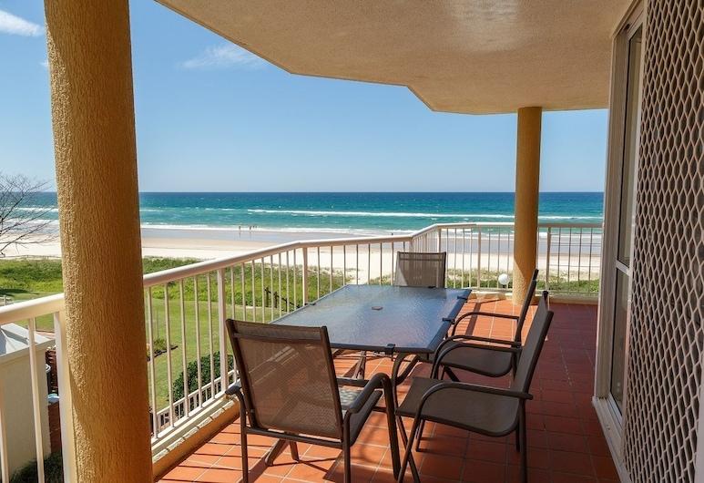 Crystal Beach Holiday Apartments, Tugun