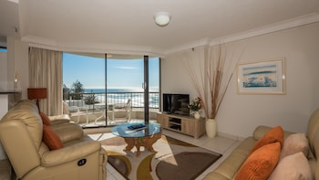 Picture of Boulevard North Holiday Apartments in Broadbeach