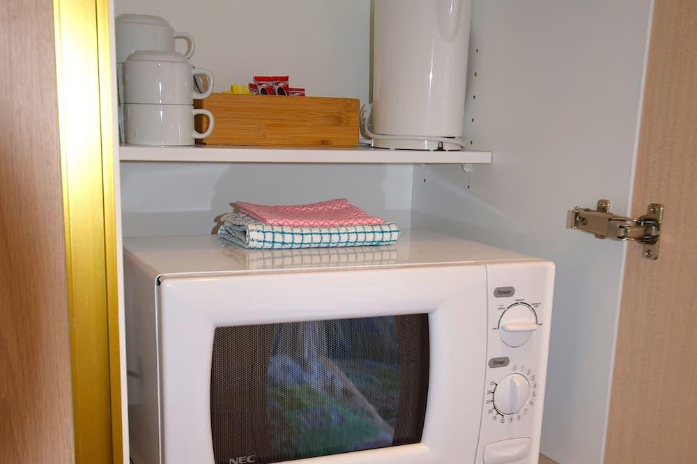 Deluxe soba, pogled na jezero (Upper Level, 4 People) - Mini-hladnjak