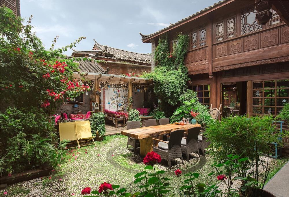 Blossom Hill Inn Lijiang, Lijiang