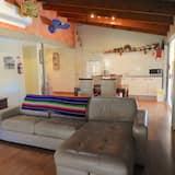 Standardní apartmá, 2 ložnice, kuchyně, výhled na hory (Mexicano Suite) - Obývací pokoj