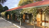Choose this Motel in Holbrook - Online Room Reservations