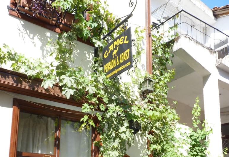 Camel Pension, Antalya, Hoteleingang