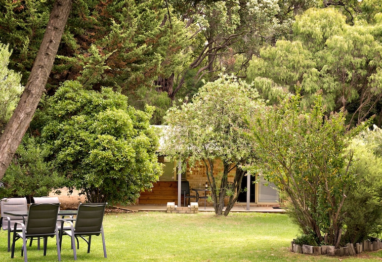 Peppermint Brook Cottages, Margaret River, Couples Cottage, Garden