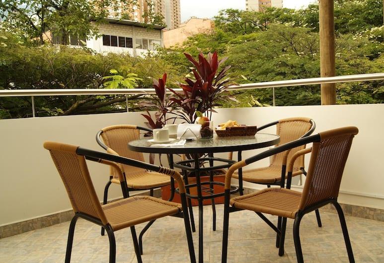 Hotel Poblado Boutique Express, Medellin, Superior Tek Büyük Yataklı Oda, Birden Çok Yatak, Teras/Veranda