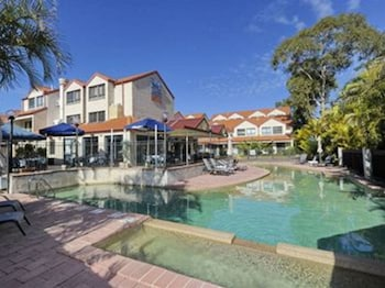 Picture of Nelson Bay Breeze Holiday Apartments in Nelson Bay