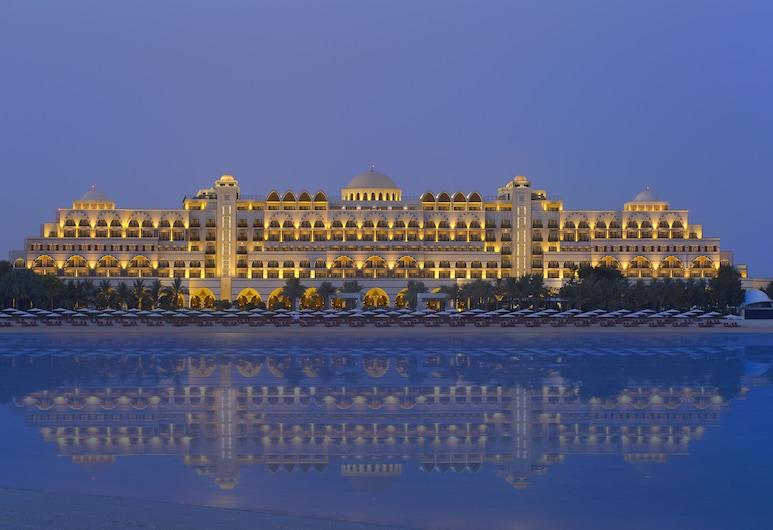 Jumeirah Zabeel Saray, Dubai, Fachada do Hotel - Tarde/Noite