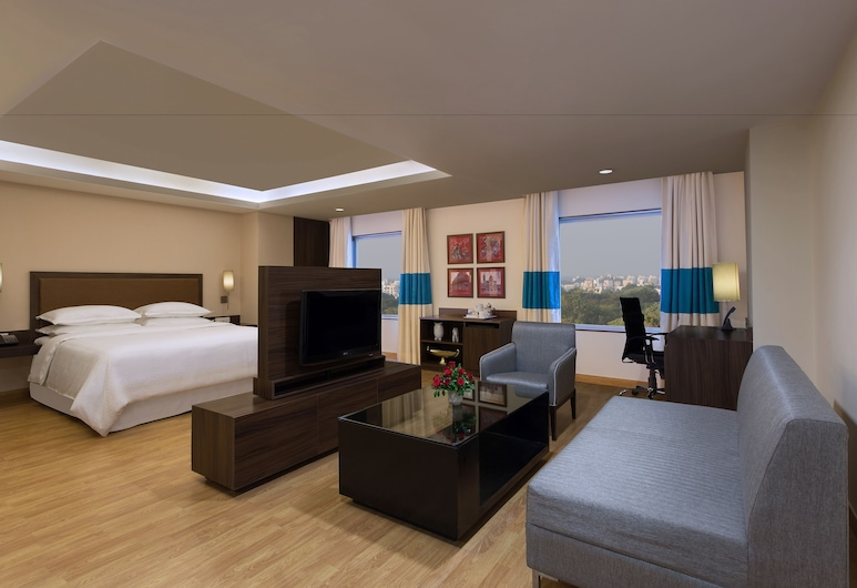Four Points by Sheraton Vadodara, Vadodara, Suite, 1 King Bed, Non Smoking (Four Points Suite), Guest Room View