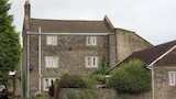 Book this Free wifi Hotel in Shepton Mallet