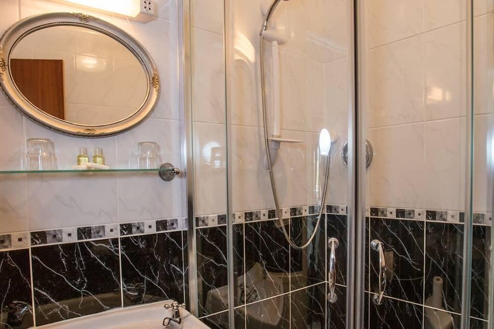 غرفة سوبيريور مزدوجة - بحمام داخل الغرفة - حمّام