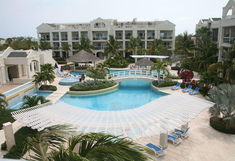 The Atrium Resort, Providenciales-sziget